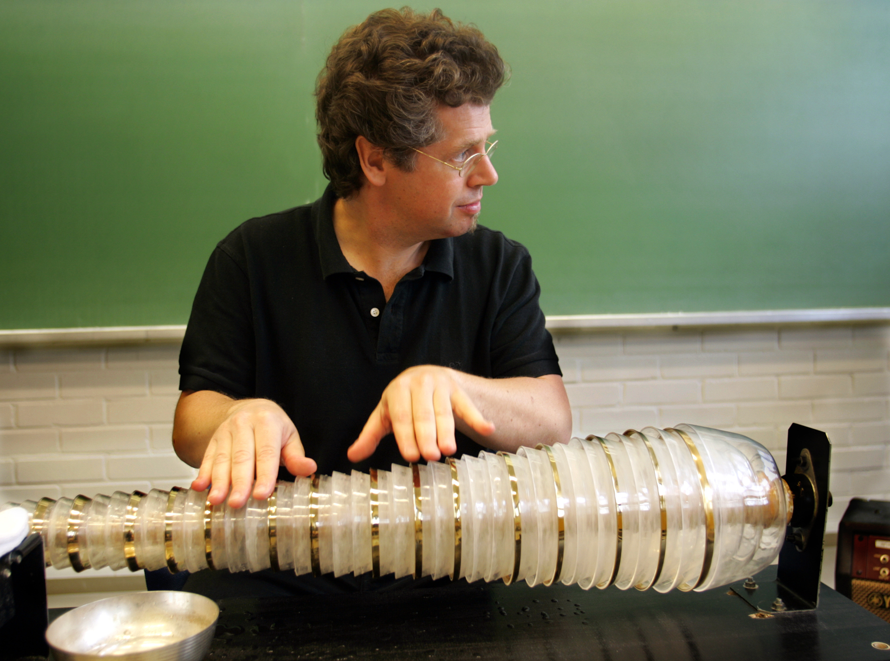 Thomas Bloch glass harmonica